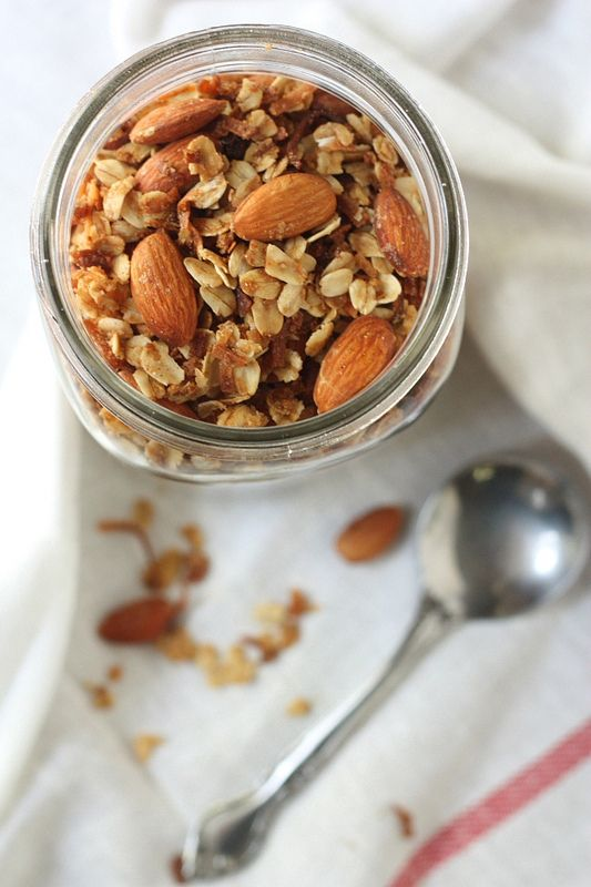 How to Make Your Own Granola @FoodBlogs