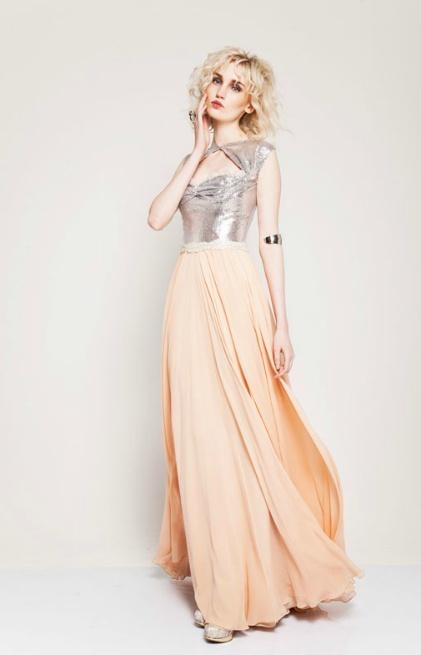 Tuvanam Love the color combination. #Silver and #peach