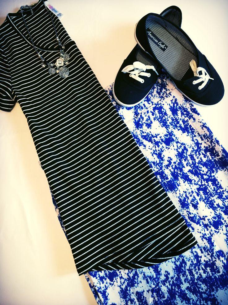 LuLaRoe classic t and Cassie skirt! #patternmixing #lularoenicolesauter