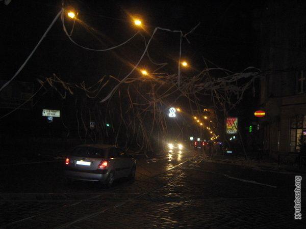 Декор вулиць по-львівському)) - http://p2220.ukrbash.org/pt