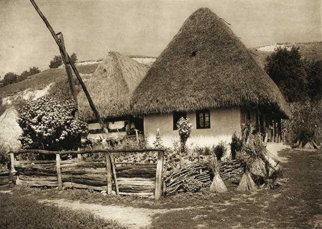 Once upon a time in Romania. Aschileul-Mare,-casa-taraneasca - case traditionale romanesti