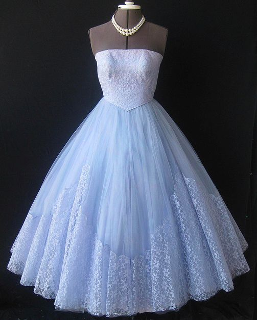 Vintage 50's Ball Gown, for that classic look.