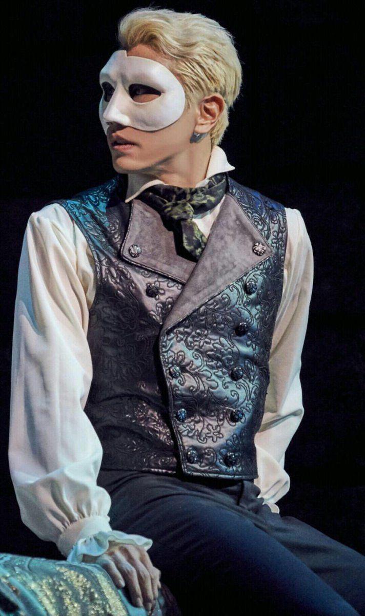 """captain-busan: """"""""[The Phantom of The Opera] Park Hyo Shin as Erik """" """""""