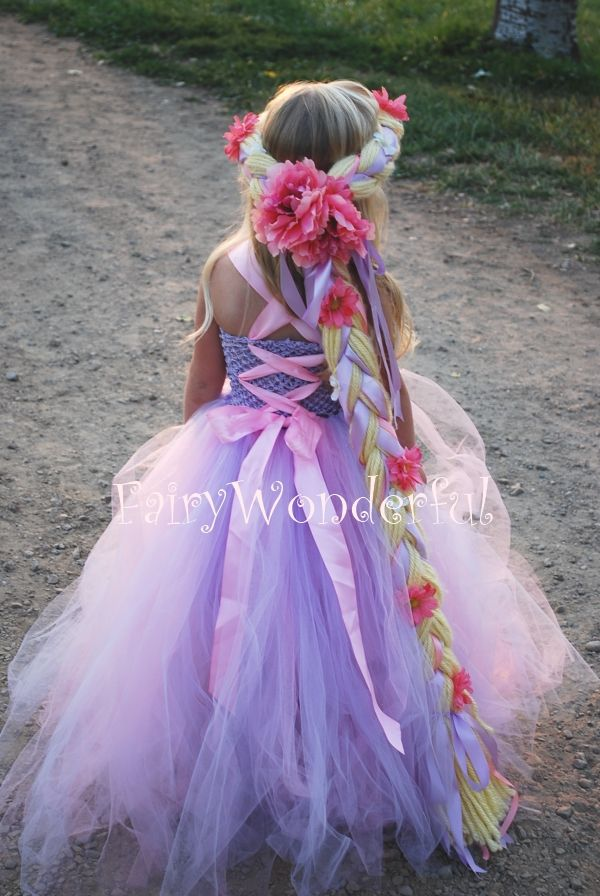 Rapunzel Inspired Tutu Dress. Love the braid :-)// Kostümideen für Kinder – zu Fasching, Karneval oder Halloween #Kinderkostüm #Kostüm #Kinder #minidrops