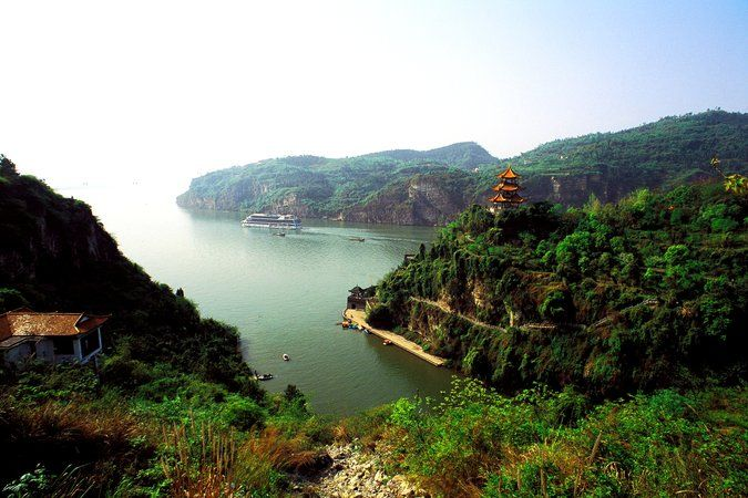 Cruise and Air Travel News: China River Trips; JetBlue Streaming