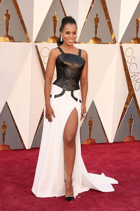 Kerry Washington in Atelier Versace at the Oscars
