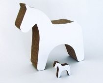 Trojanisches Pferd aus Pappe