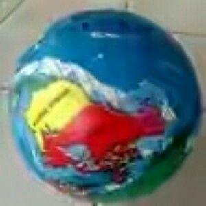 jual balon mainan anak dg motif bola dunia.selain bermain juga mendukung anak untuk belajar mengenal letak2 negara sedunia Hrg 50.000 Order sms/wa 085642917567 Bbm 5a9ca498 Wa 085642917567
