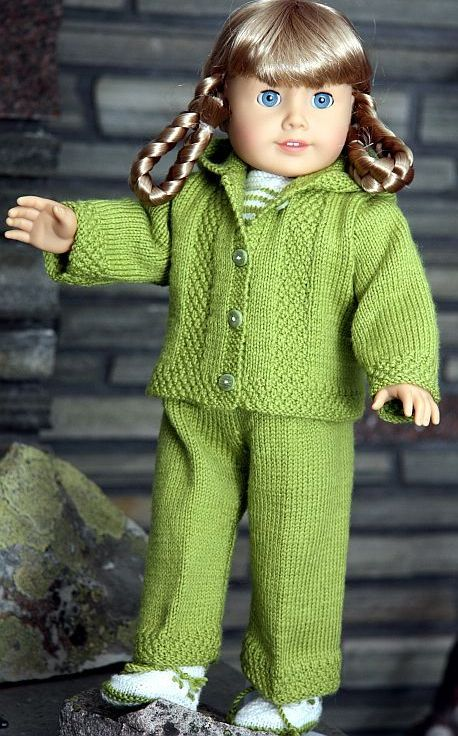 Nice American girl doll patterns.  I'd like to see if I'm up to the challenge!