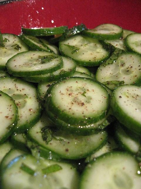 moroccan cucumber & mint salad