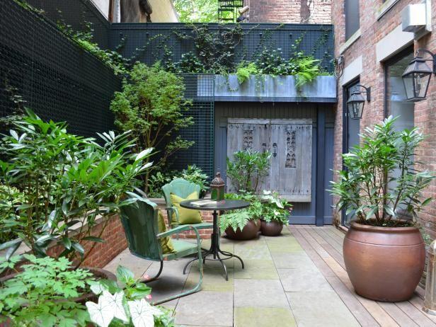 http://hgtvhome.sndimg.com/content/dam/images/hgrm/fullset/2014/2/11/0/CI-Jeffrey-Erb-Landscape-Design_reclaimed-door-patio_s4x3.jpg.rend.hgtvcom.616.462.jpeg