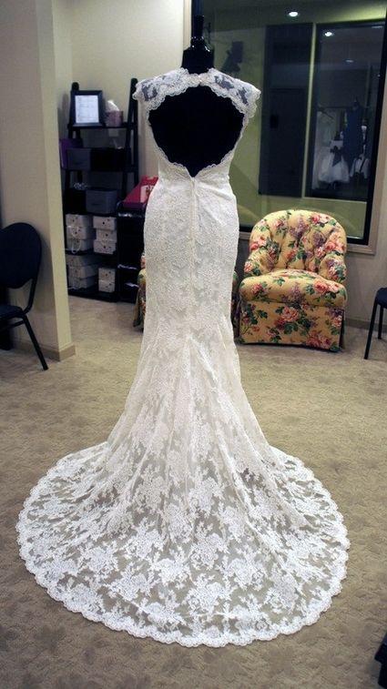 Robe de Mariée Neuve Dentelle Dos Nu T36 ou 34/36  Robes de mariée ...