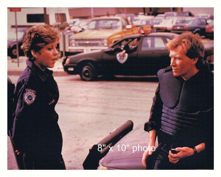 PETER WELLER NANCY ALLEN color photo from ROBOCOP (70)