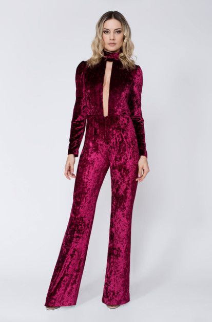 Rock The Jumpsuit Rock The Jumpsuit offer Ladies Jumpsuits UK that are comfortable, easygoing, for the most part complimenting, and pardoning of all physical structure. Our Jumpsuits are well known for her one of a kind style that sticks out since it is not for the most part worn by many individuals ladies.