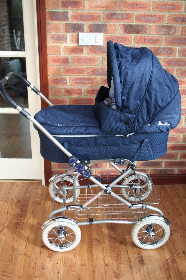 Silver Cross Classic pram For Sale in Ripon, North Yorkshire