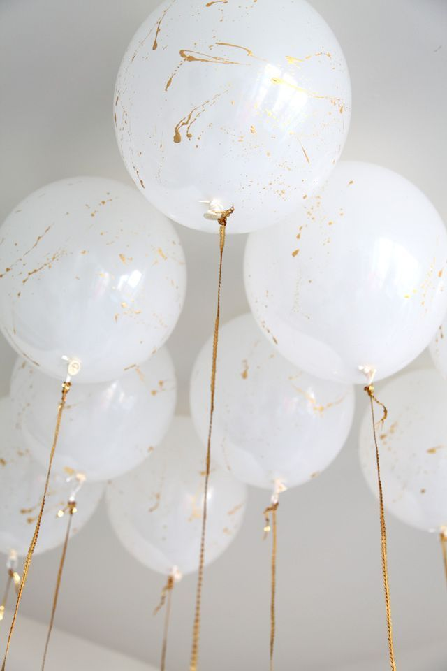 Gold paint balloons- Love this!
