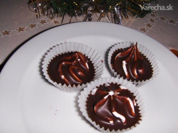 Čokoládové košíčky, nepečené, lacné (fotorecept)