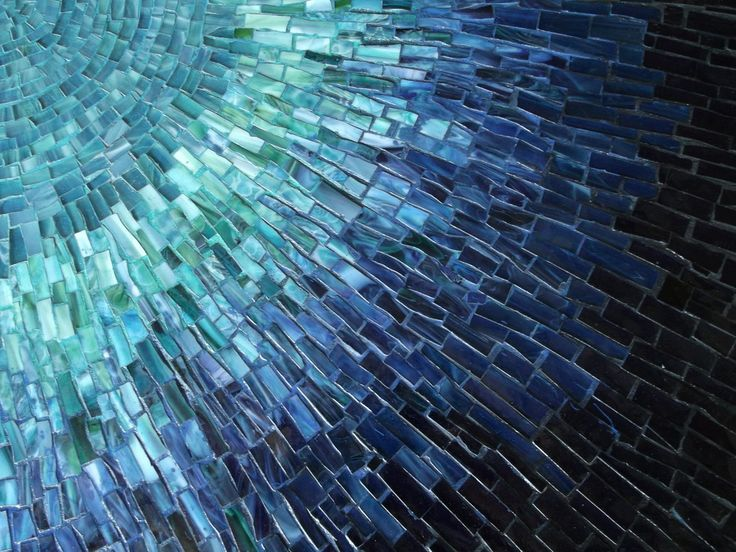 25 best ideas about mosaic wall art on pinterest mosaic for Broken glass mural