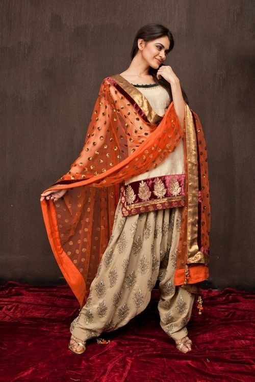 diff color combo but simple and cute all the same....Indian Salwar [Punjabi Style]