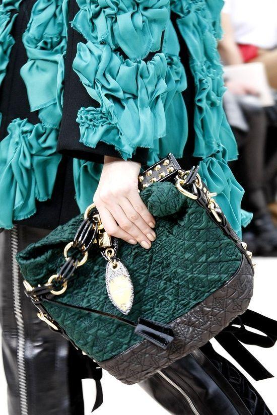Love Louis Vuitton,Louis Vuitton handbags | See more about louis vuitton and purses. | See more about louis vuitton, purses and louis vuitton handbags.