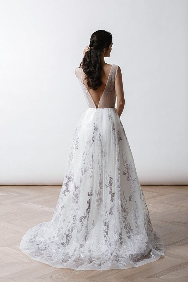 Backless Bridal Gown A Line Wedding Dresses Low Cut Dress Handmade Silver Embroidered Grey Flowers