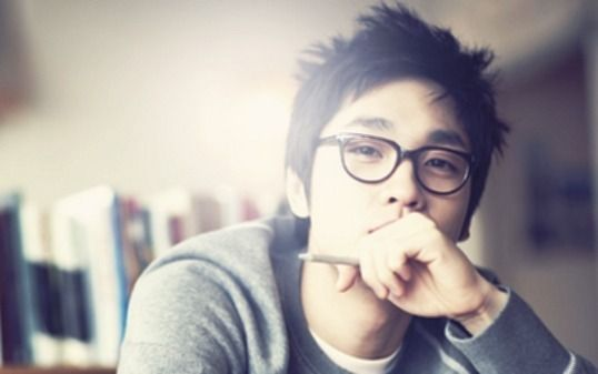 SG Wannabe Lee Seok Hoon Discharged from Military Service
