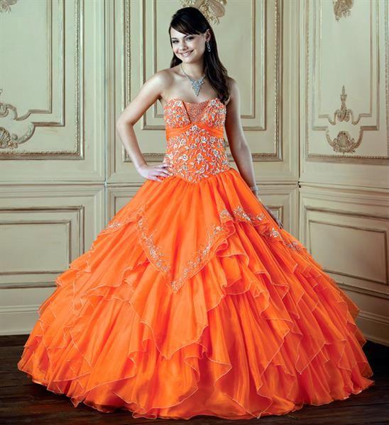 Свадебный макияж под оранжевое платье