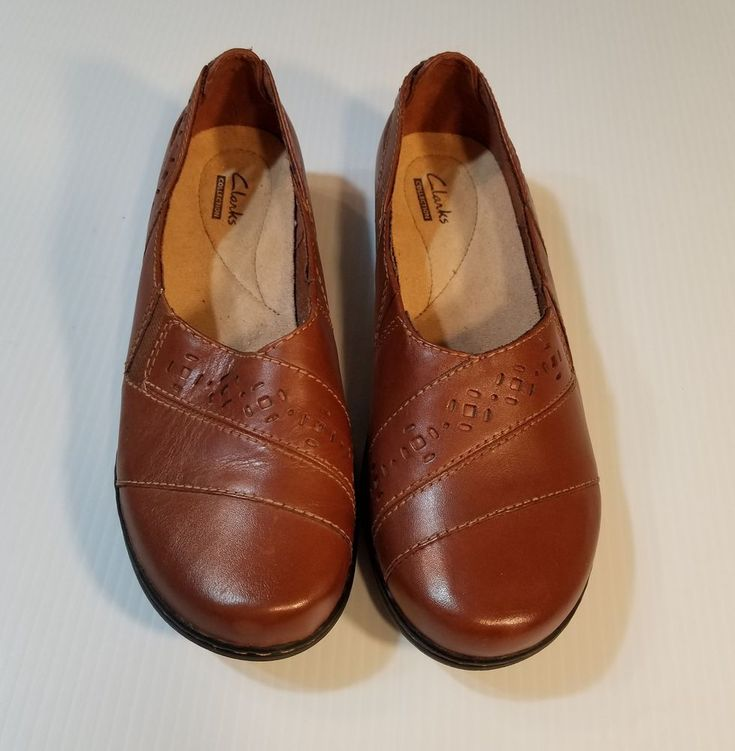 Clarks collection brown leather loafers flats shoes womens
