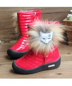 pillarbox red snow boots