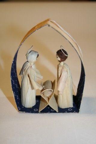 betlehem šúpoľový - Slovak folk art - Nativity Scene made from corn husk.