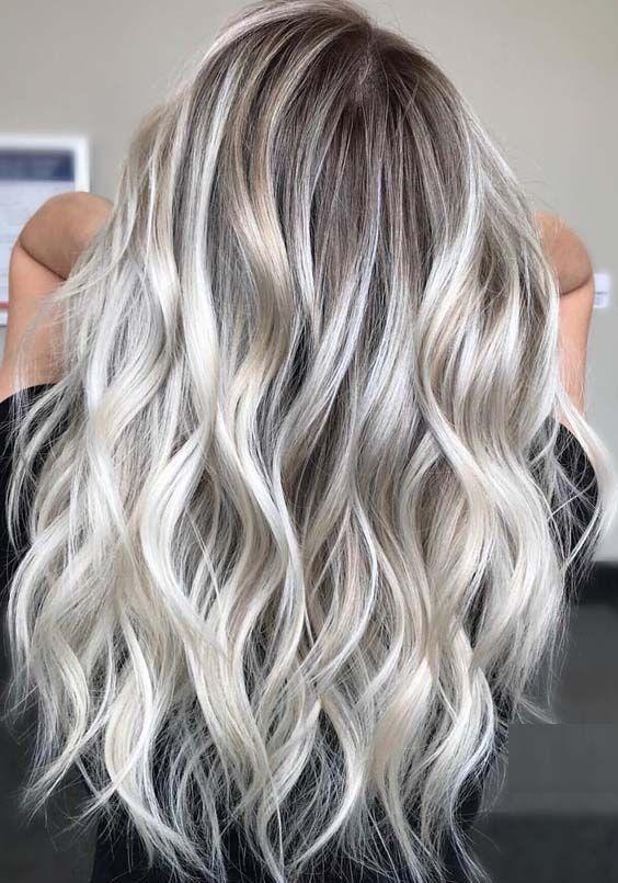 15 charmante lange blonde Frisuren & Frisuren für 2018   – Haare