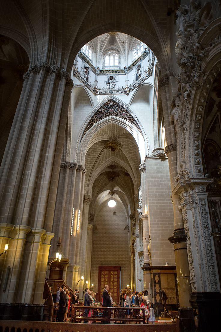 Boda en Catedral de san Salvador o La Seo. Zaragoza. España.