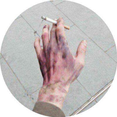 @MistressNoodle : RT @broimsosad: sticks and stones may break my bones but my thoughts will fucking kill me