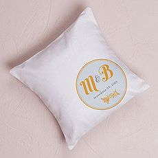 """Notable"" Personalized Ring Pillow with Circle Floral Monogram $39.98$  // 6 colors to choose from // Buy online here www.mariagemontreal.com // #weddingmtl #mariagemtl #classic #white #monogram"