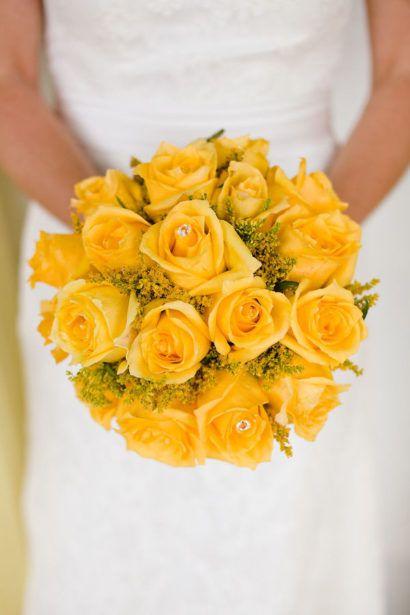 buque da noiva com rosas amarelas colombiana