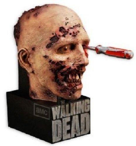 The Walking Dead Season 2 BluRay Boxed Set.
