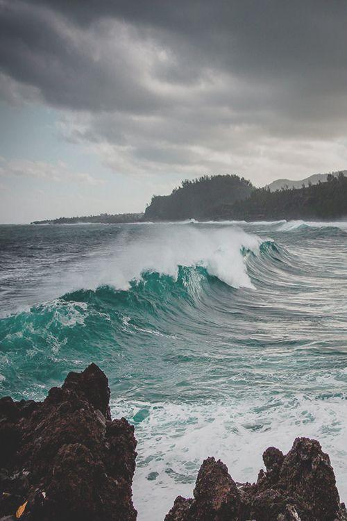 earthlycreations:  Sea Storm in Indian Ocean
