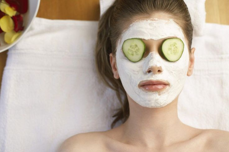 Una lista di maschere per il viso fai da te per pelli grasse, miste e antiage: veloci e con ingredienti facilmente reperibili!