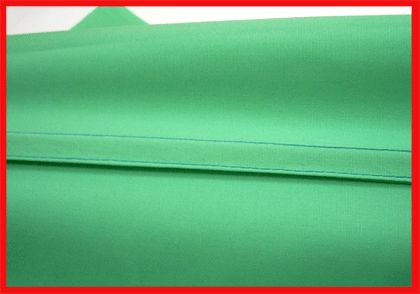 Французский шов применяется при обработке припусков швов на тонких тканях. Припуск зашивается вовнутрь и таким образом достигается аккуратный вид изделия.