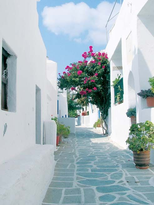 gorgeous cobbled streets on a Greek island