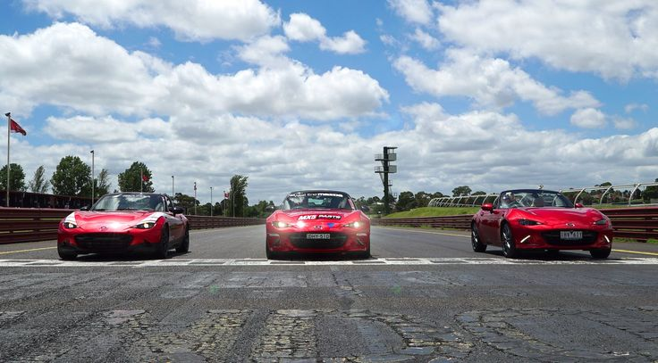 Speed comparison in our ND MX5 Parts company car against the MX5 Cup Car driven by Steve Glenney & the stock ND model MX5 driven by Mad Mike Whiddett #mx5 #westendmazda #mx5fanfest