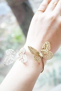 Butterfly bracelet by sasakihitomi, Japan