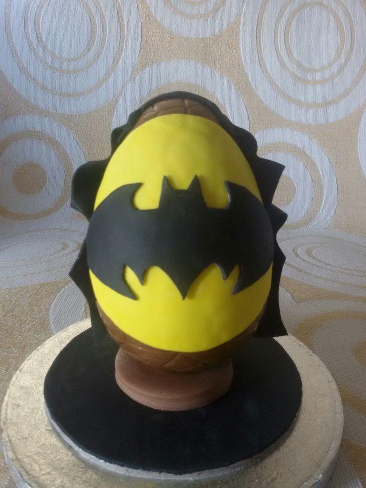 Chocolate Easter egg...Batman!!!