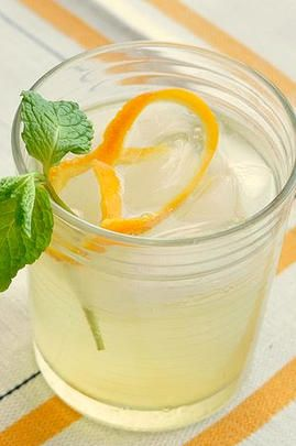 Infused Water Recipes | Orange & Mint Medley