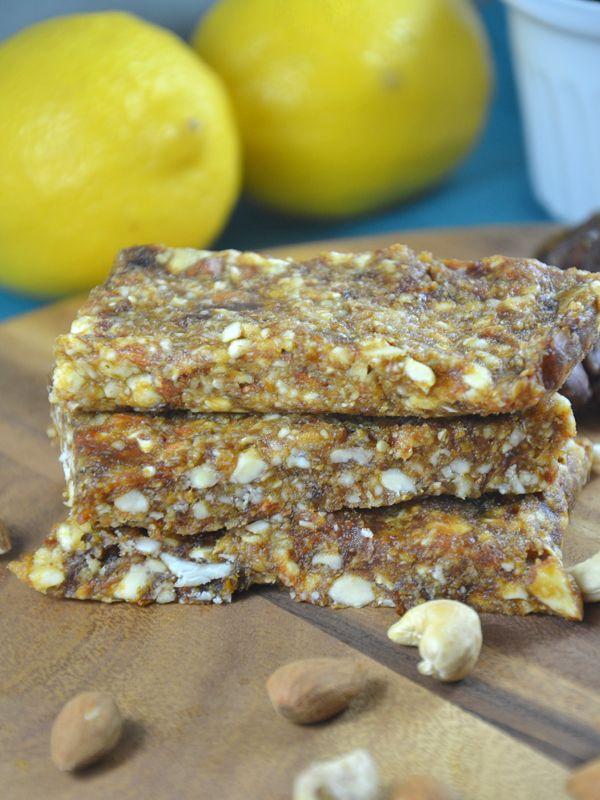 4-Ingredient Homemade Lemon Pie Larabars! #Vegan, gluten-free and paleo.