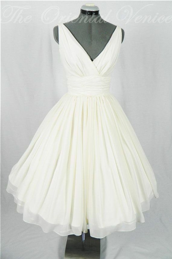 Vintage 1950s Tea Length Short Wedding Dress Sexy V Neck Chiffon Little White Dresses 2017 Retro