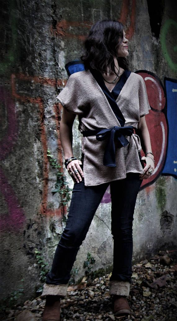 """Kimono """"Katia"""", maille ajourée beige doré et jean bleu brut, chic et ethnique, élégant et moderne, Pour femme"""