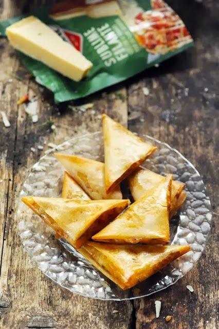 petits triangles croustillants aux légumes et aux deux fromages