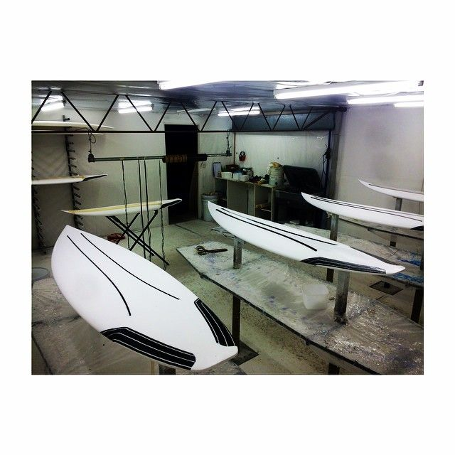 """Our Carbon Wrap Technology room is in full swing! #builttoboost #carbonwrap #dmshq #dms #dmshapes #epoxysurfboards @mayhemb3_mattbiolos @nanotune"" Photo taken by @dmshapes on Instagram, pinned via the InstaPin iOS App! http://www.instapinapp.com (02/11/2015)"