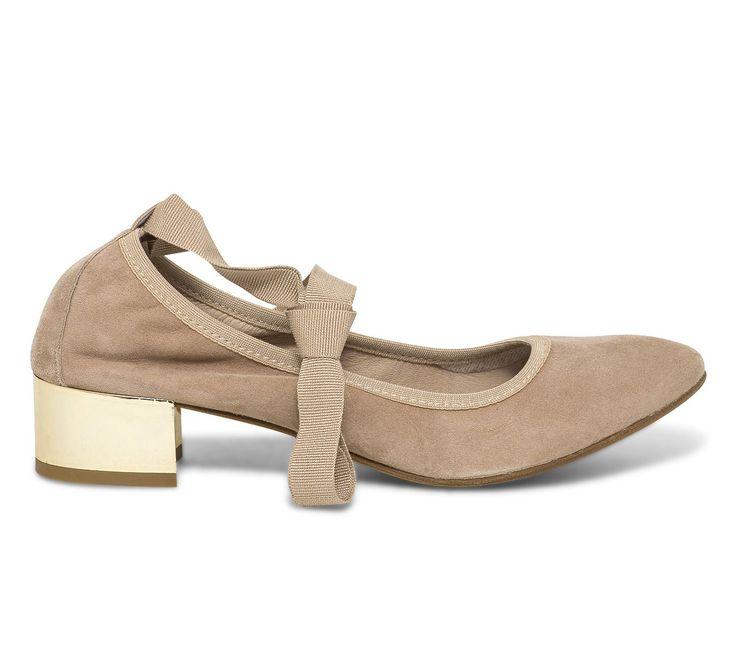 Ballerine nude à talon doré - Escarpins - Chaussures femme